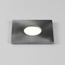 Terra 28 LED Sqr43 ²